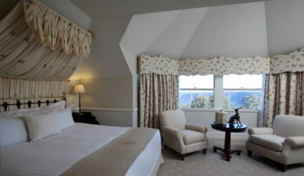 Executive Valley View Suite